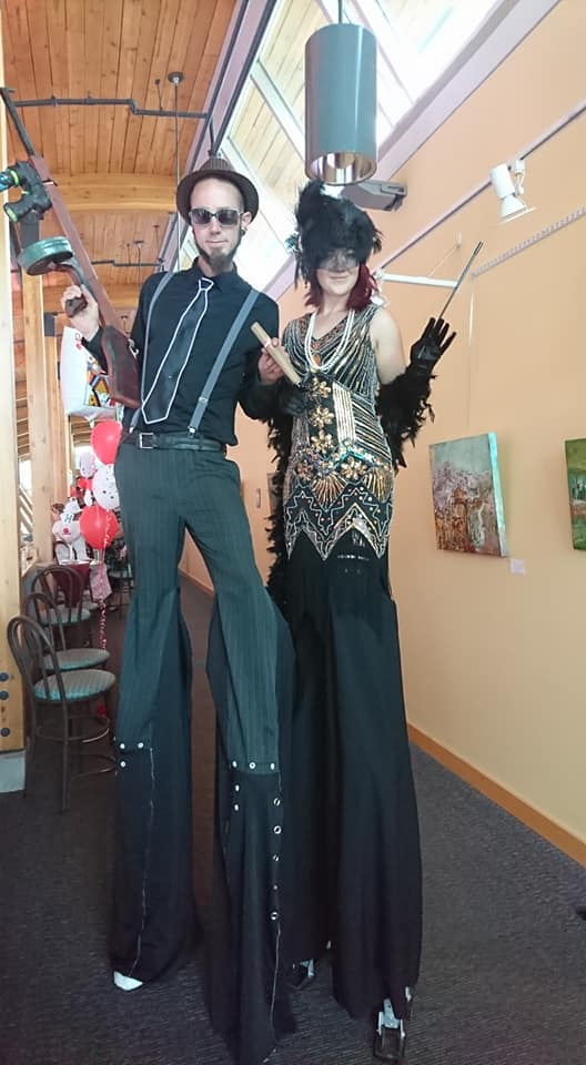 1920's Flapper Stilt Walkers